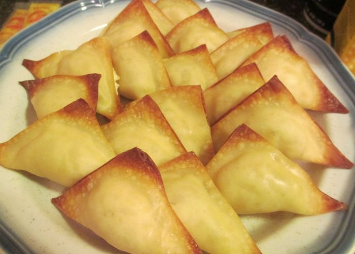 Baked Cheese Wontons