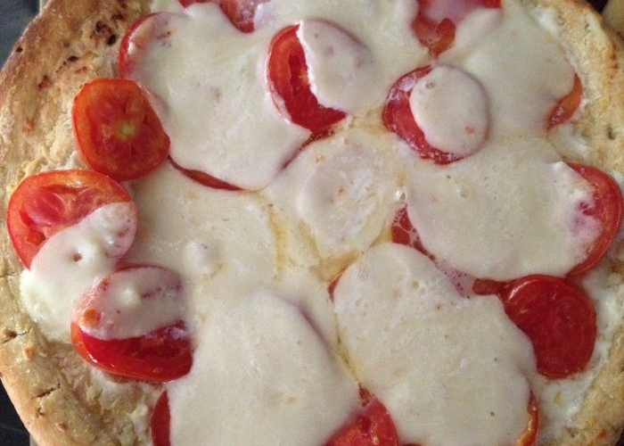 Ricotta Mozzarella Tomato Pizza