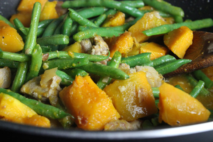 Stir-Fried Kabocha Squash and String Beans