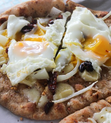 Naan Breakfast Pizza