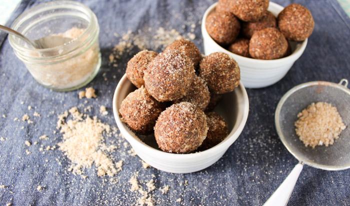 no bake chocolate coconut chia bites