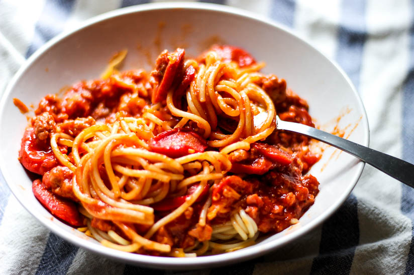 Filipino-Spaghetti - a new recipe that's a delicious mix of sweet and tart flavors